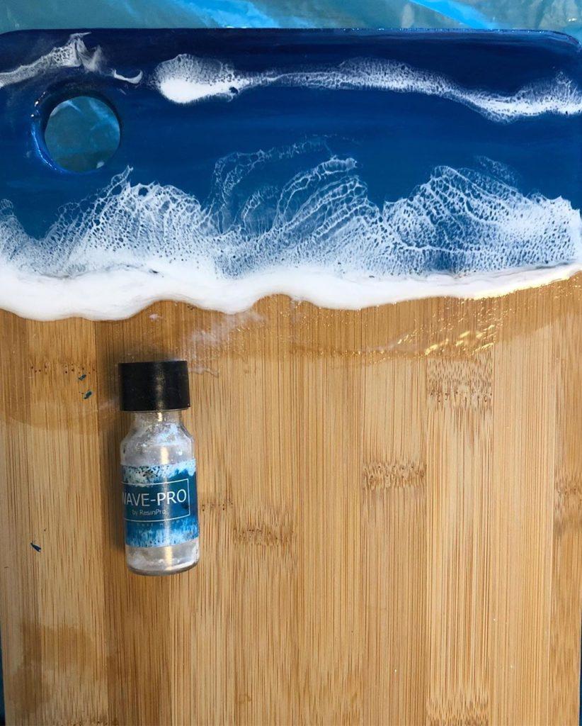 Как сделать настоящие морские волны на картинах из эпоксидной смолы при помощи пигментной добавки WAVE-PRO?