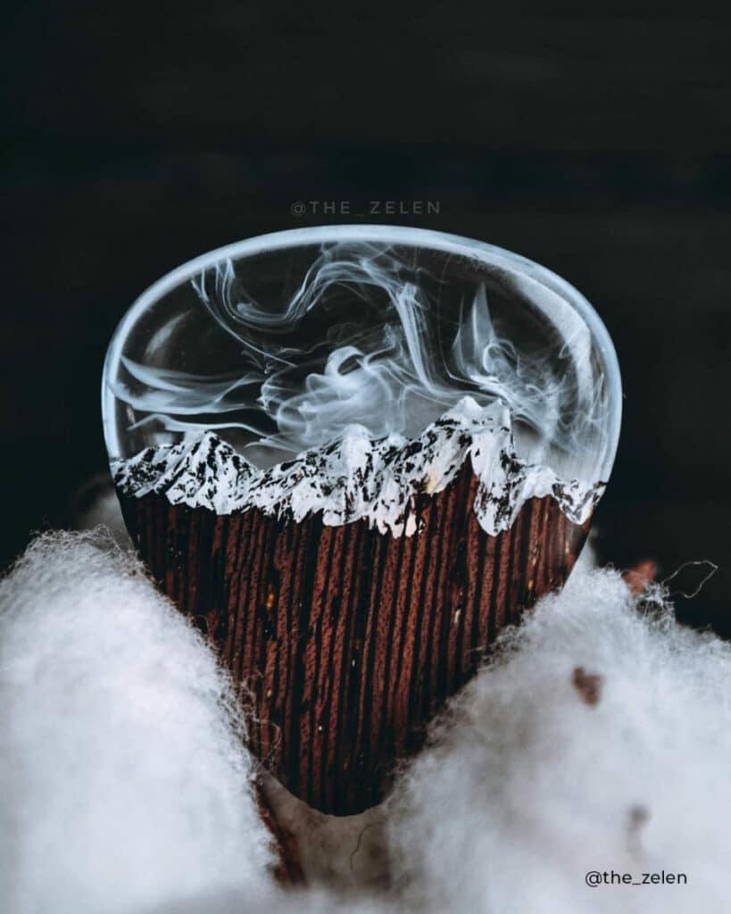 Кулон с эффектом дымки из эпоксидной смолы